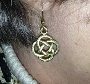 knot-earing